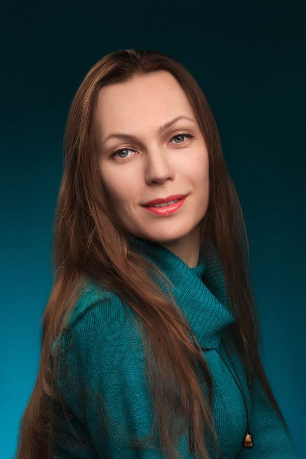 Звездина (Гущина) Лариса Сергеевна